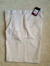 NWT NIKE 30 Men's Shorts Dry Fit in Naperville, Illinois