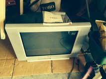 Sony KD-27FS170 27-Inch FD Trinitron WEGA Digital TV in Fort Riley, Kansas