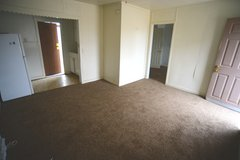 1 Bedroom Apartment near Downtown ( All Utilities Paid) in 29 Palms, California
