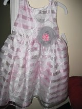 little girls pink and gray flowered dress nwt in Camp Lejeune, North Carolina