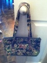 Vera Bradley Green Floral Purse in Fort Campbell, Kentucky